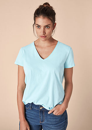 Basic T-shirt met V-hals