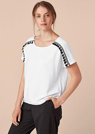 T-Shirt im Fabric-Mix