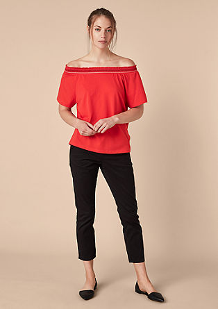 Off-shoulder shirt met borduursels