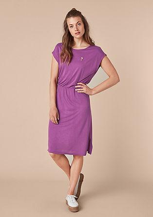 Jerseykleid mit Button Pin