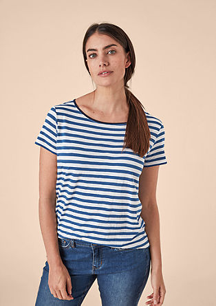 Striped top with a contrasting neckline from s.Oliver