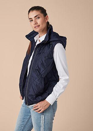 Prošívaná vesta skapucí