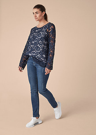 Curvy Slim: Jeans mit Destroyes