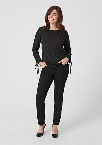 Curvy Slim Leg: Black Denim