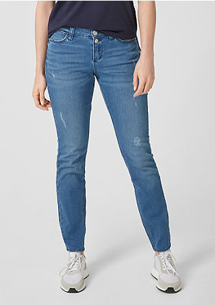 Curvy extra slim leg: jeans in een destroyed look