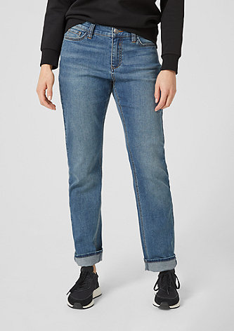 Curvy Straight Leg: Stretchjeans