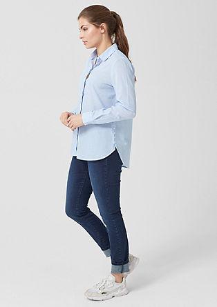 bluza s tankimi črtami in z gumbi