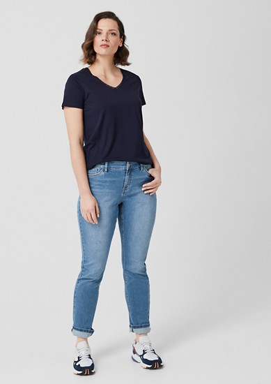 Curvy Slim Leg: Denim