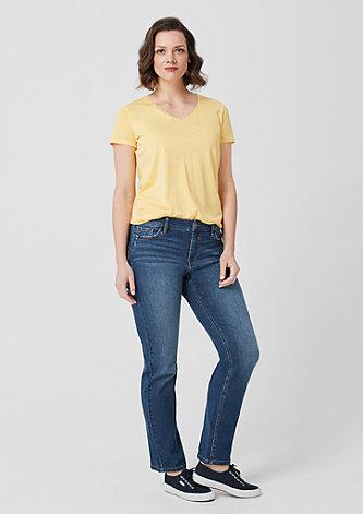 Curvy Straight Leg: Denim