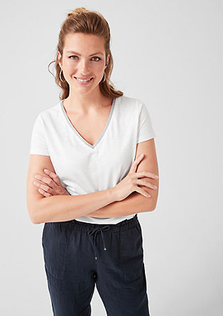 V-neck tee with a shiny trim from s.Oliver