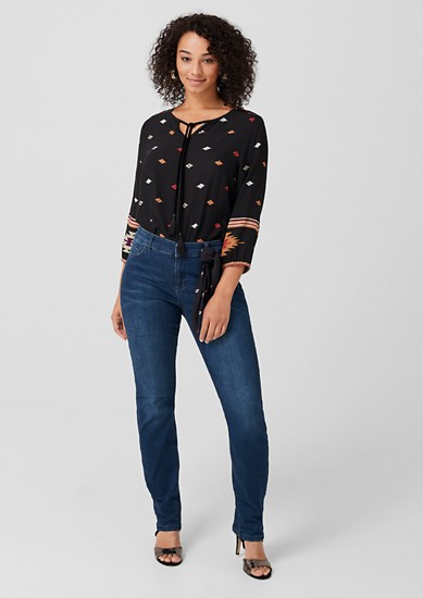 Curvy Extra Slim Leg: Jeans with a scarf from s.Oliver