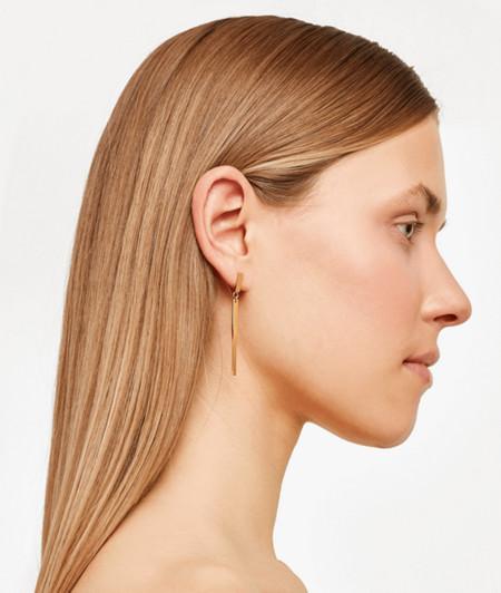 Ohrringe mit gedrehtem Anhänger