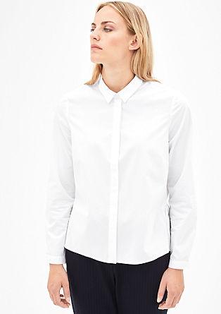 Raztegljiva bluza z volančki