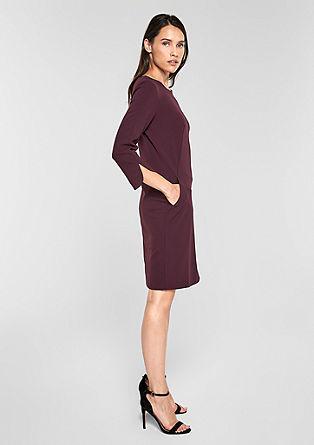 jednoduché elegantní krepové šaty