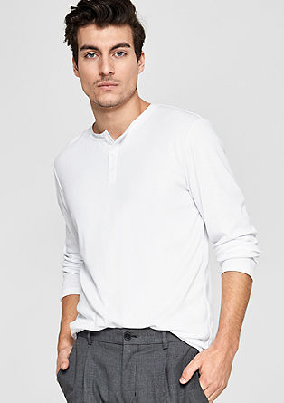 Comfortable Henley T-shirt from s.Oliver