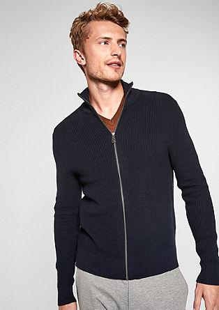Pletený kabátek se stojáčkem