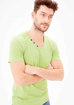 Slim: V-neck T-shirt with buttons from s.Oliver