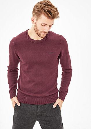 Klassieke, fijngebreide trui