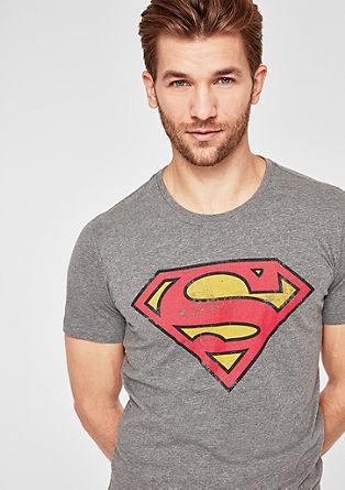 Tričko se superhrdinou s vintage vzhledem