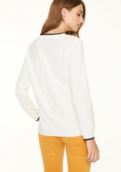 Bluse mit Rippblende am Ausschnitt