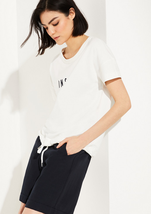 O-shaped sweatshirt with embroidery from comma