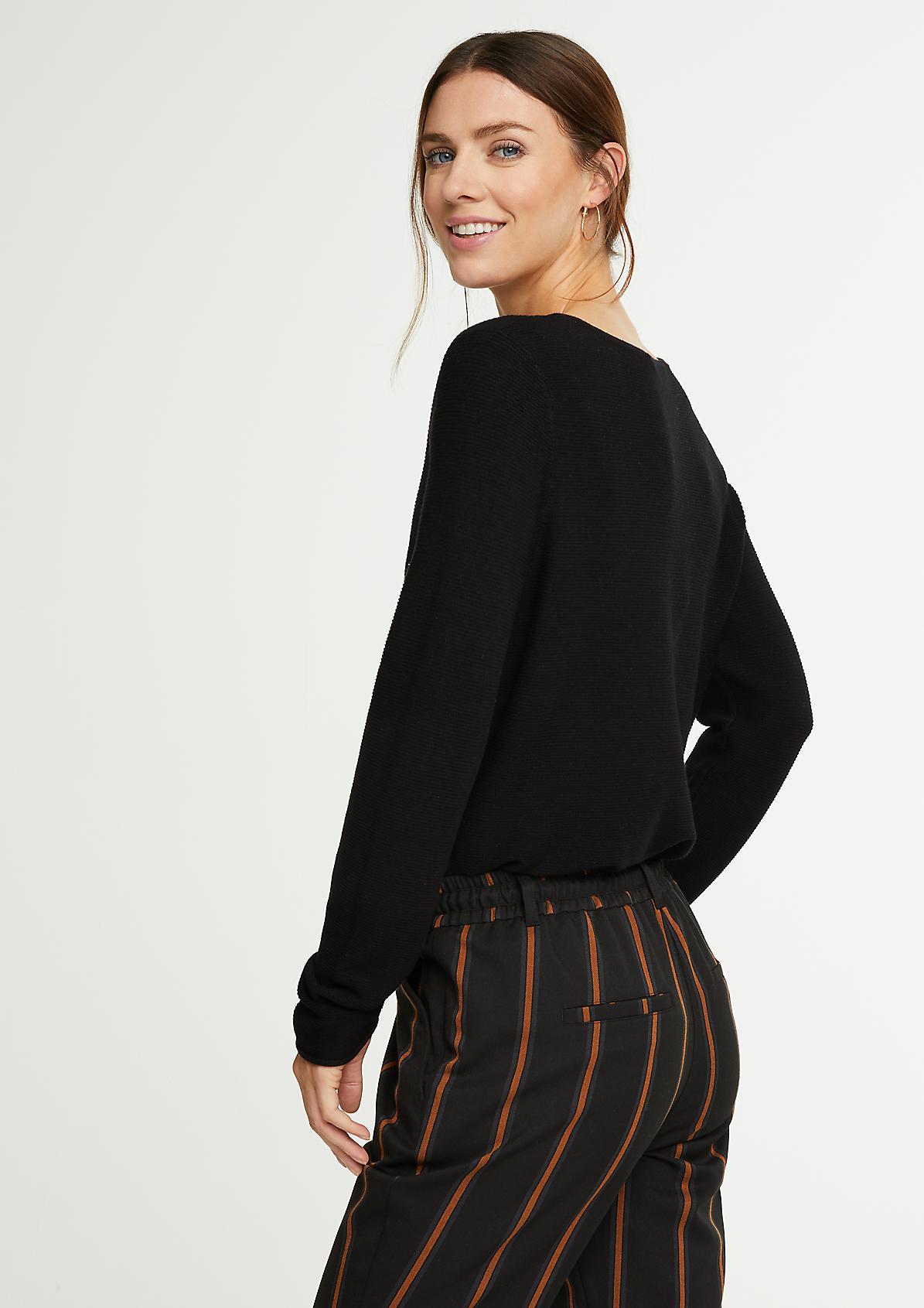 V-Neck-Pullover aus Feinstrick