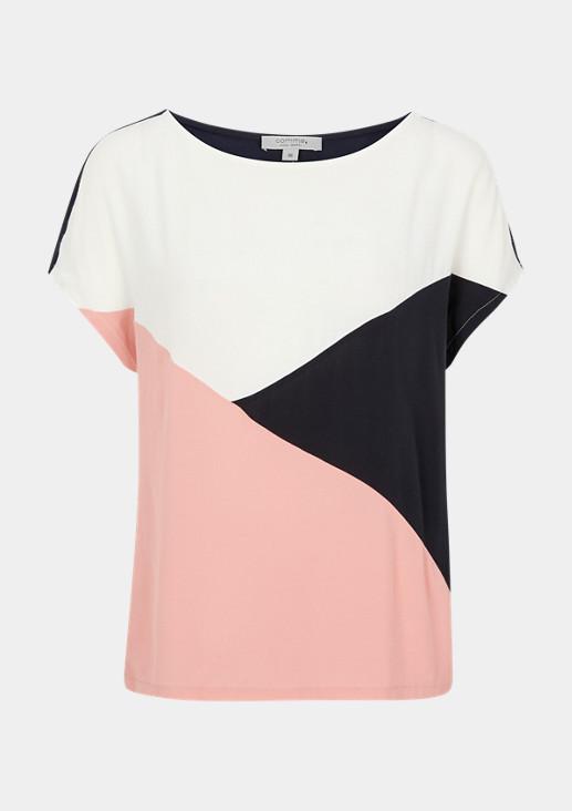 T-Shirt im Colour Blocking Design