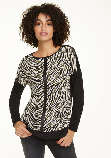Jersey top with a crêpe front from comma