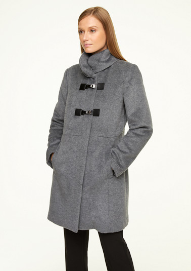 Soft coat with a stand-up collar from comma