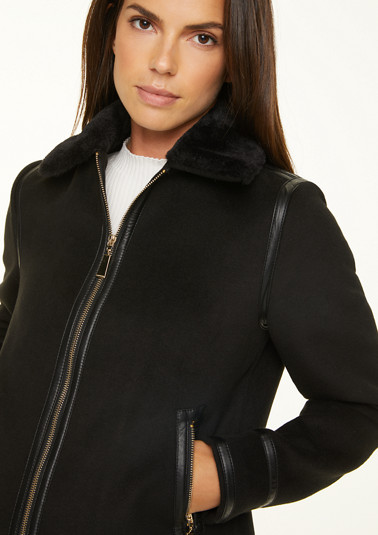 Jacket with faux fur collar from comma