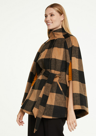 Cape with check pattern from comma