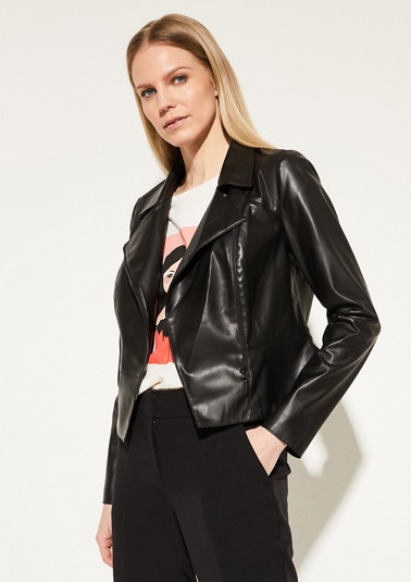 Short blazer made of soft faux leather from comma