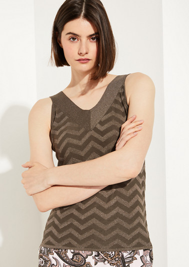 Fine knit top with a woven pattern from comma