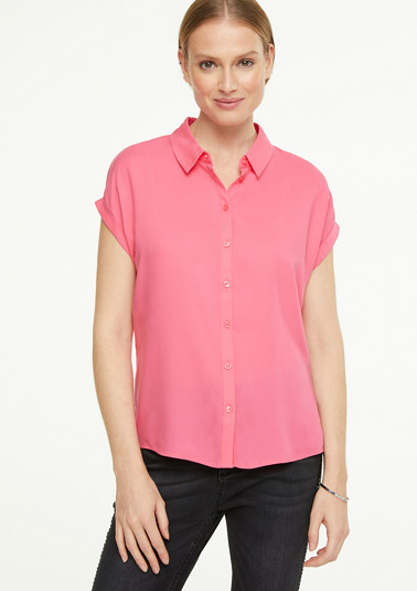 Short sleeve blouse in a simple style from comma