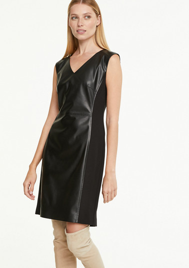 Sheath dress made of faux leather from comma