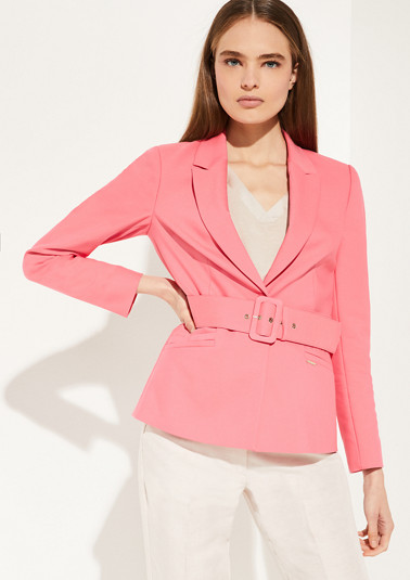 Boyfriend blazer with a waist belt from comma