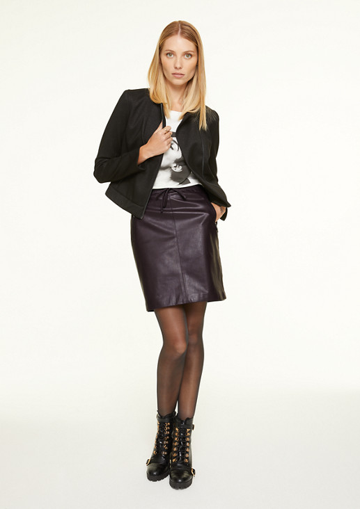 High-waisted faux leather skirt from comma