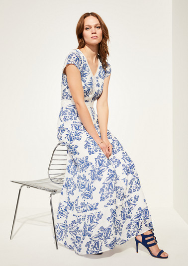Summer dress with a printed pattern from comma