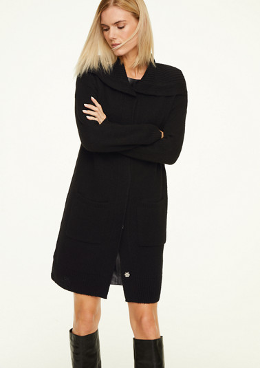 Long jacket with a turn-down collar from comma