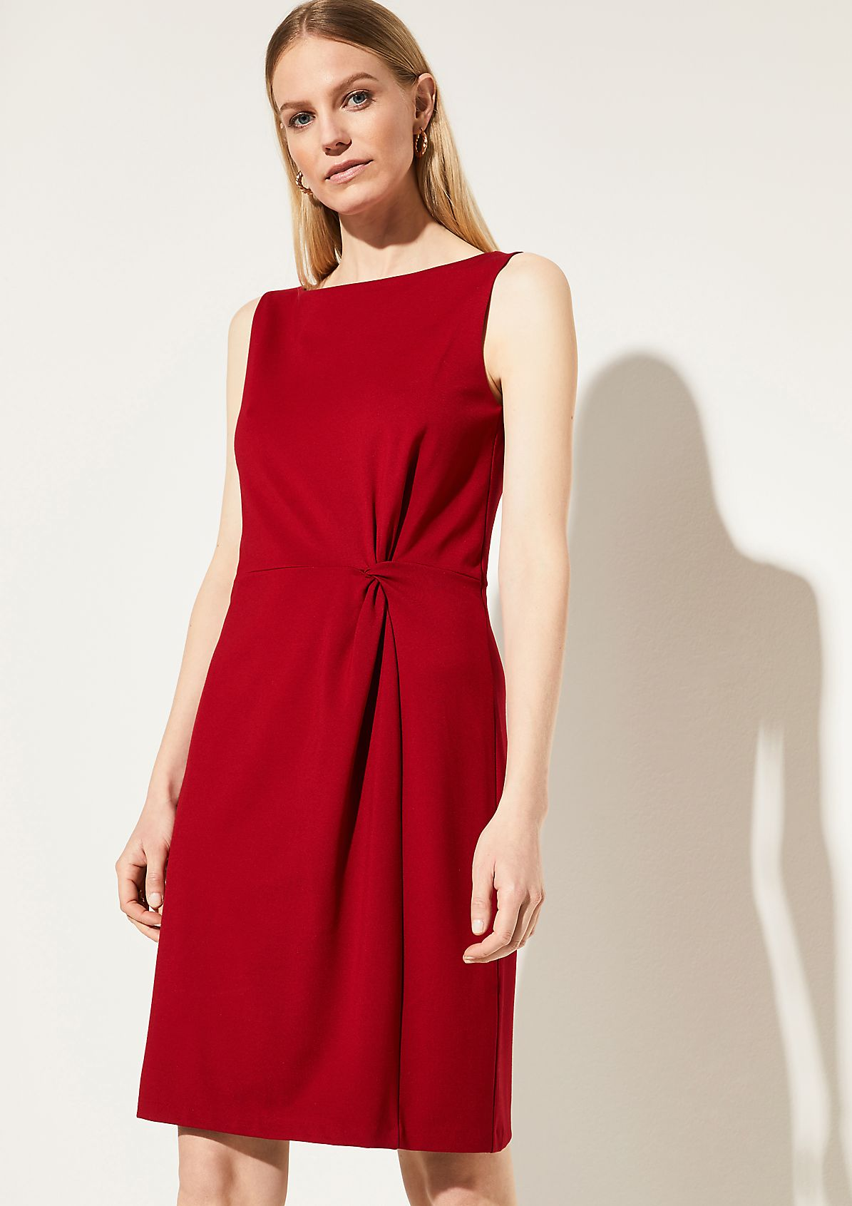 Jersey dress with gathering from comma