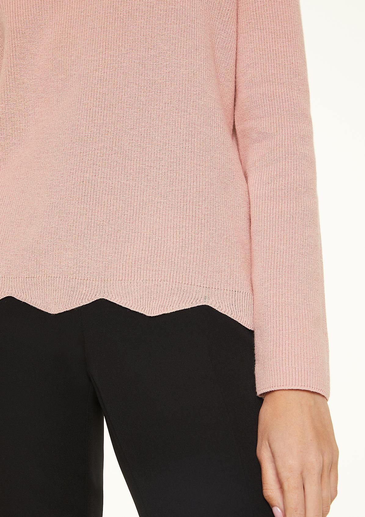 Pullover mit Muschelsaum