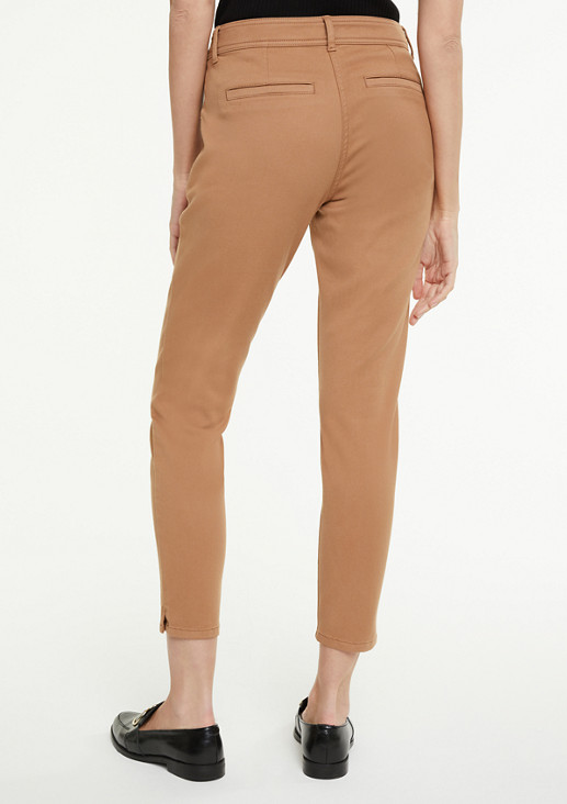 Slim fit: cropped coloured jeans from comma