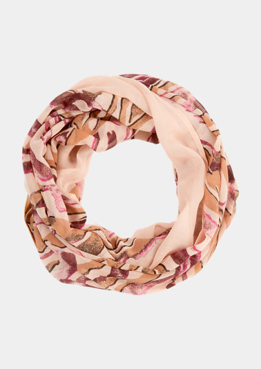 Snood with fashionable all-over print from comma