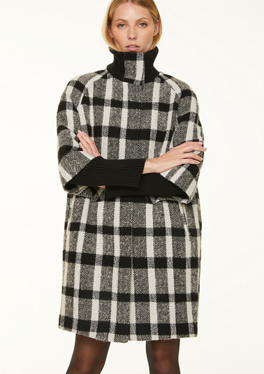 Wool coat with large check pattern from comma