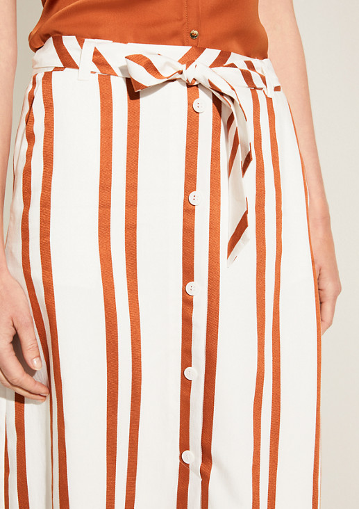 Viscose skirt with a striped pattern from comma