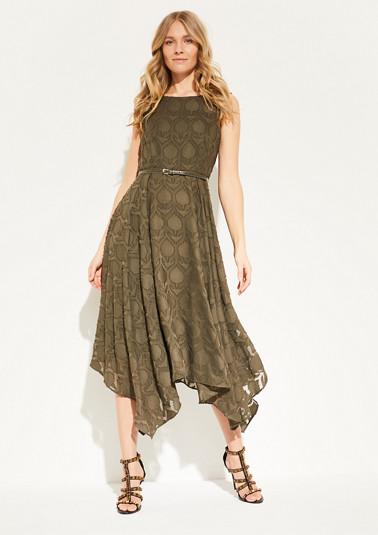 Trägerkleid mit Bogensaum