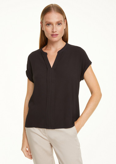 Airy tunic blouse made of crêpe from comma