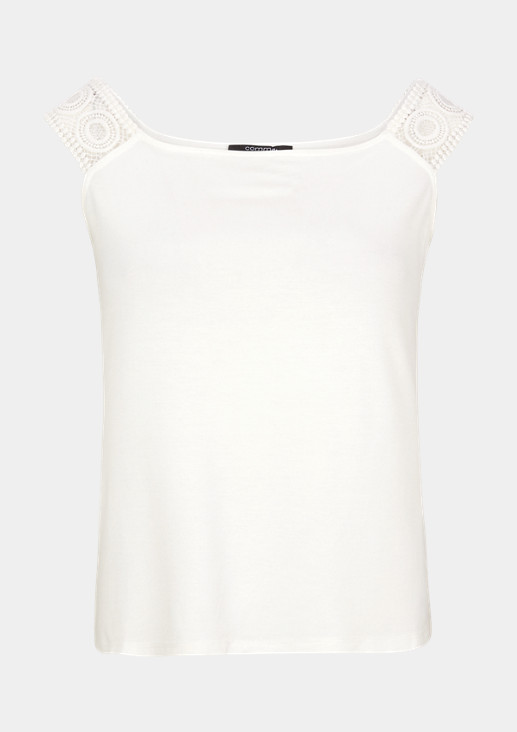 Carmen top with a lace trim from comma