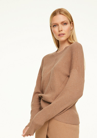 Jumper with batwing sleeves from comma