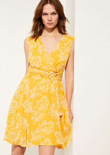 Chiffon dress with a floral print from comma